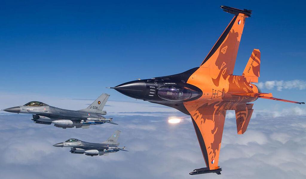 Oud F16 Piloot Chris Quot Omelet Quot Vaneker Veroordeeld Maar