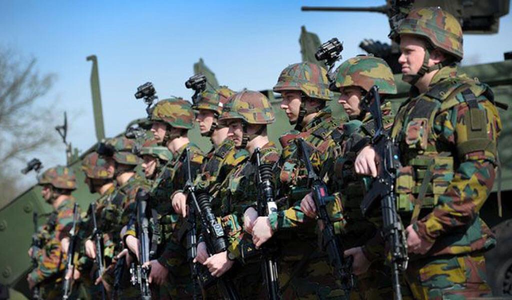 Geen wachtmeesters of brigadiers meer in het belgische for Telephone leger