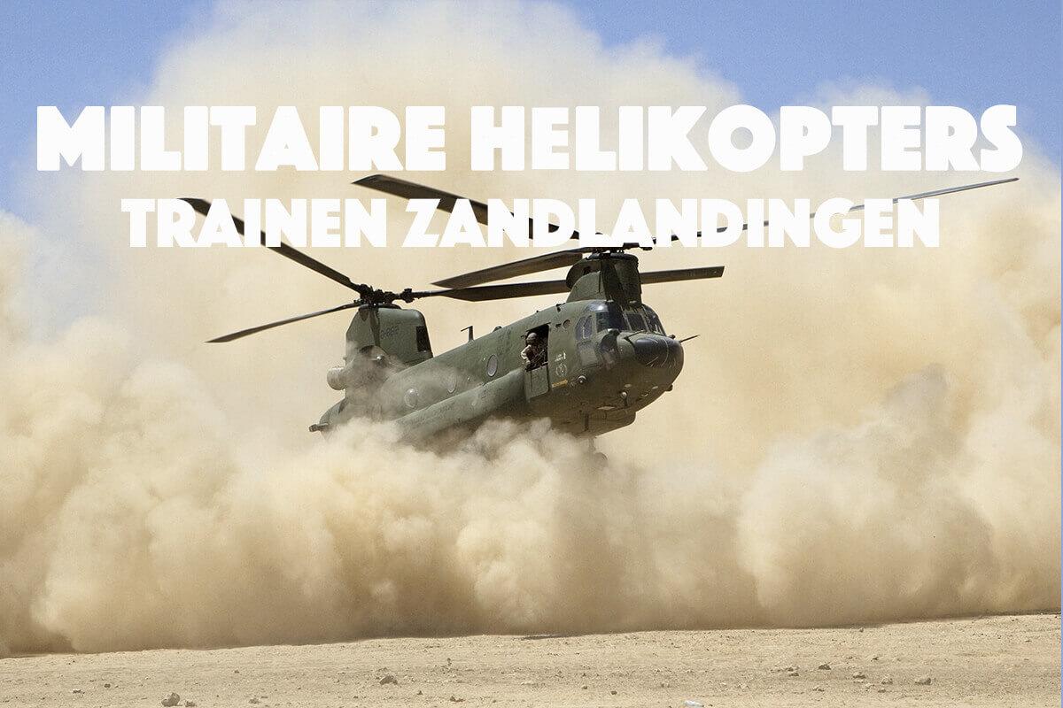 Militaire helikopters trainen zandlandingen